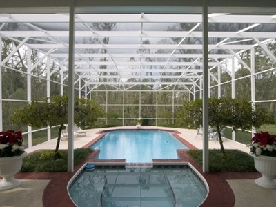 10 Advantages Of A Florida Pool Enclosure