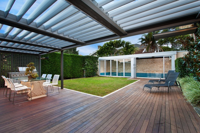 Pergola Options for Comfort and Style