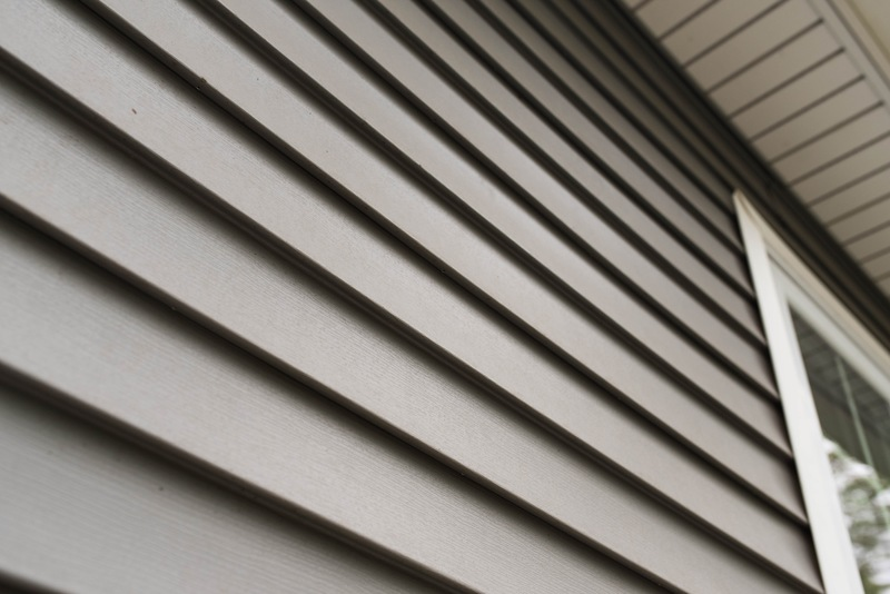 3 Signs It's Time to Replace Your Home's Siding