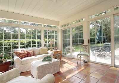 10 Ways to Enjoy Your Sunshine State Sunroom