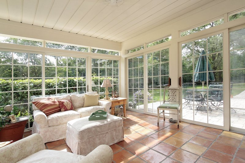 10 Ways to Enjoy Your Sunshine State Sunroom