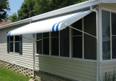 4 Big Benefits of Florida Awnings for Fall