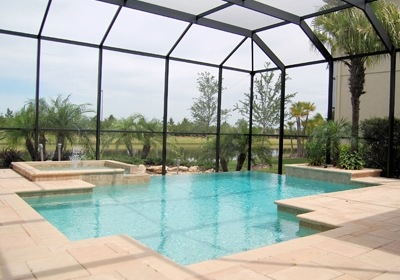 Florida Pool Enclosures: Good for Heating, Too?
