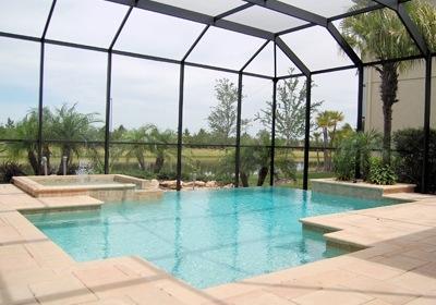 Florida Pool Enclosures: Good for Heating, Too?