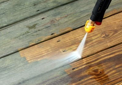 Florida Vinyl Siding: Our Quick Guide to Pressure Washing