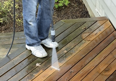 Orlando Homes: 7 Step Deck Cleaning
